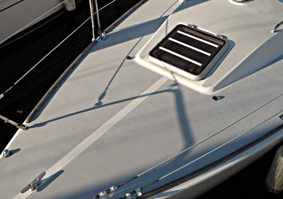 The new non skid boating safety tips tricks thoughts for Boat non slip deck paint
