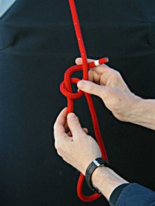 Step-4 - How to tie a Bowline with your left hand