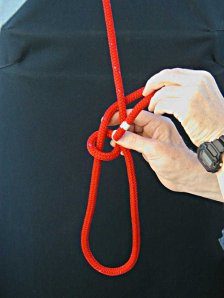 Step-5 - How to tie a Bowline with your left hand