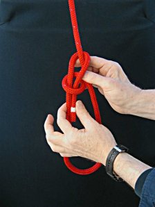 Step-6 - How to tie a Bowline with your left hand