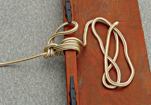 Image result for how to tie up to a bull rail