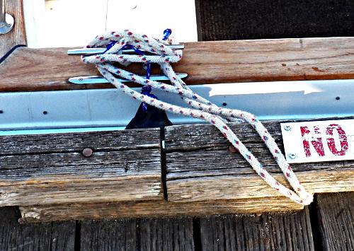 How-to-Tie-Your Boat-to-a-Bull-Rail–Part-2-Step-6