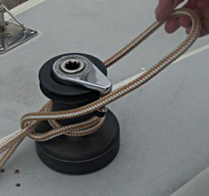 Towboat Hitch / Capstan Hitch – Step 2 -  / Lighterman's Hitch / Backhanded Mooring Hitch
