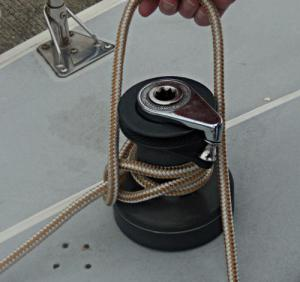 Towboat Hitch / Capstan Hitch – Step 4 -  / Lighterman's Hitch / Backhanded Mooring Hitch