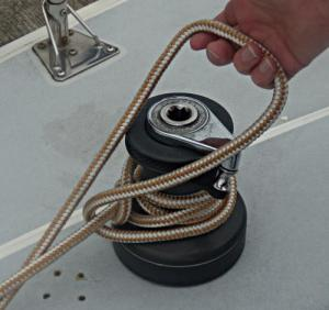 Towboat Hitch / Capstan Hitch – Step 5 -  / Lighterman's Hitch / Backhanded Mooring Hitch