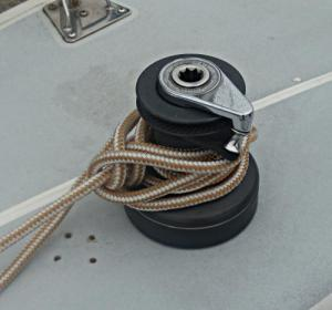 Towboat Hitch / Capstan Hitch – Step 6 -  / Lighterman's Hitch / Backhanded Mooring Hitch