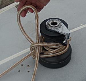 Towboat Hitch / Capstan Hitch – Step 7 -  / Lighterman's Hitch / Backhanded Mooring Hitch