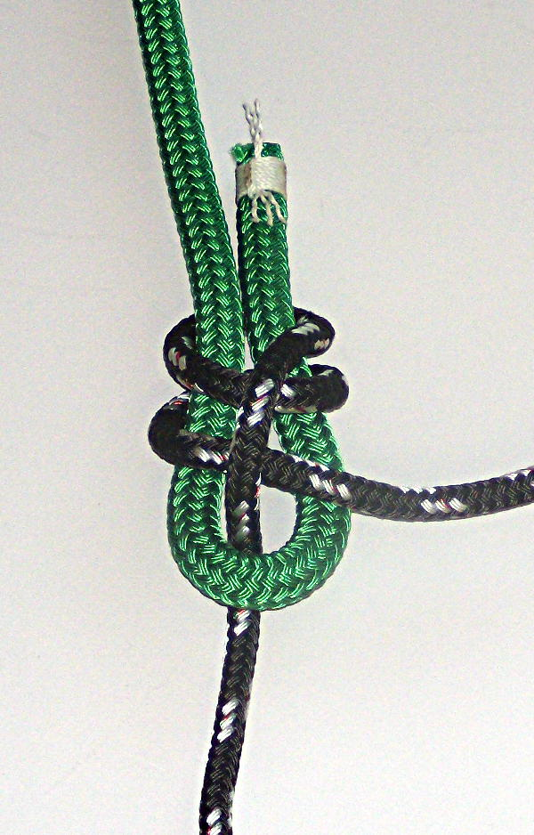 How To Tie The Sheet Bend and Double Sheet Bend (6/6)